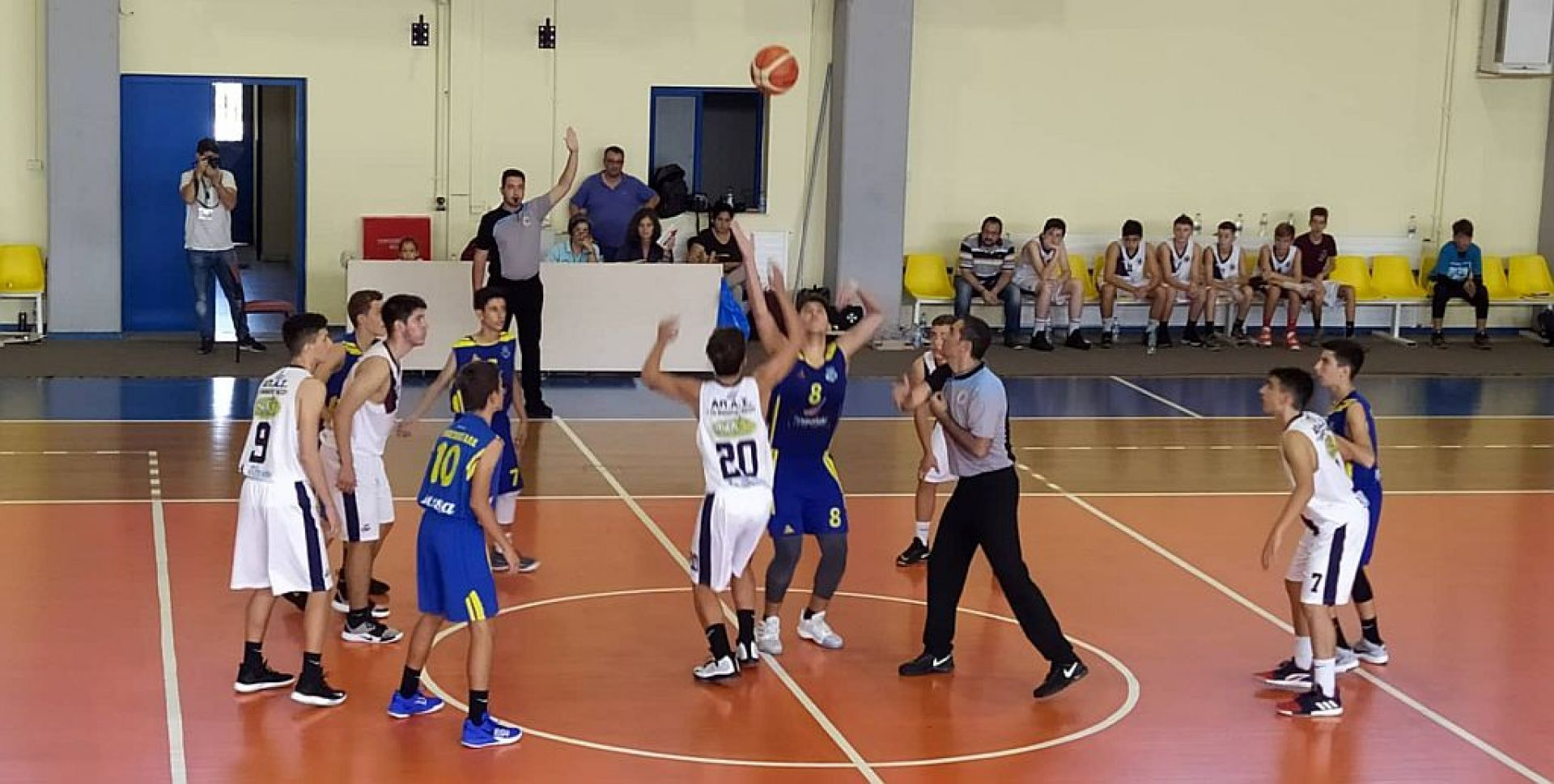 ΕΚΤΑΚΤΟ: Απέχουν από τους αγώνες οι Κυκλαδίτες διαιτητές