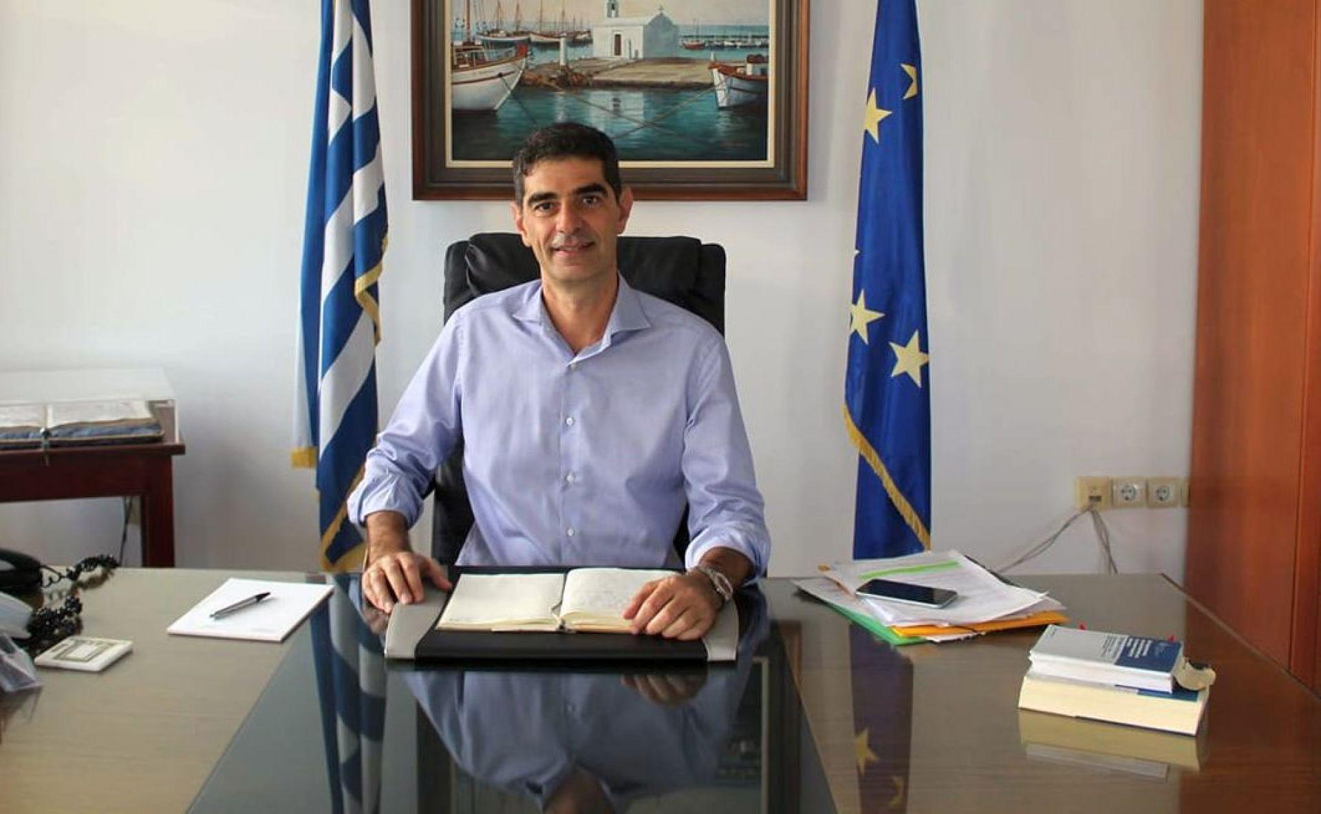 Επιβεβαίωσε το κρούσμα κορονοϊού ο δήμαρχος Νάξου Δημήτρης Λιανός