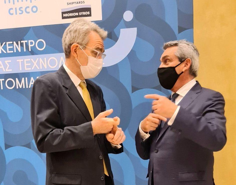 Στη Ρόδο, ο Πρέσβης των Η.Π.Α.GeoffreyPyatt, ο Αναπληρωτής Υπουργός Ανάπτυξης και Επενδύσεων Ν. Παπαθανάσηςκαι μέλη της ΠΑΔΕΕ