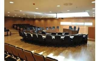 Κορονοϊός: Έτσι θα γίνονται οι συνεδριάσεις των δημοτικών συμβουλίων