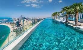 H μεγαλύτερη και βαθύτερη πισίνα στον κόσμο βρίσκεται στο Ντουμπάι